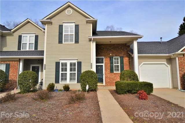 8944 Cinnabay Drive, Charlotte, NC 28216 (#3736208) :: Carlyle Properties