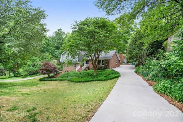 6114 Carriagehouse Lane, Charlotte, NC 28226 (#3736217) :: Stephen Cooley Real Estate Group