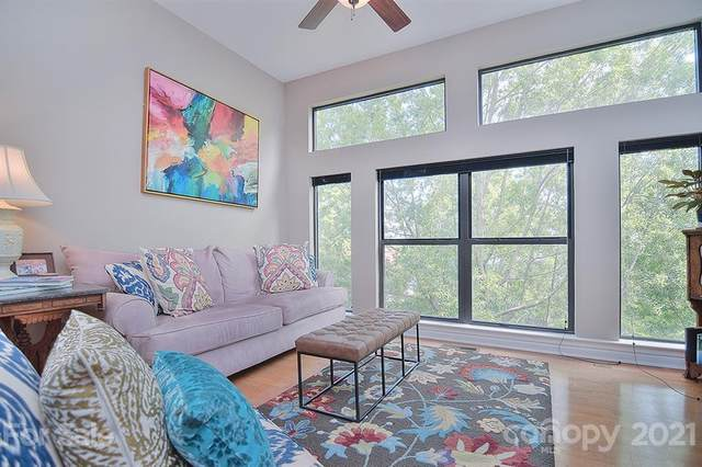 2125 Southend Drive #404, Charlotte, NC 28203 (#3736384) :: Odell Realty