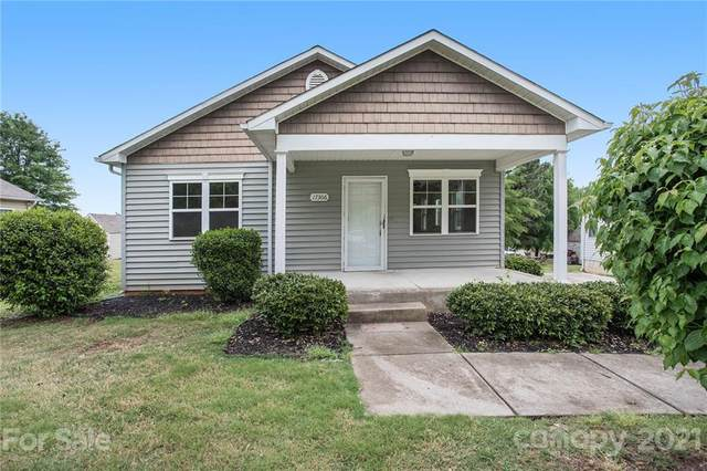17306 Poole Place Drive, Cornelius, NC 28031 (MLS #3736425) :: RE/MAX Impact Realty