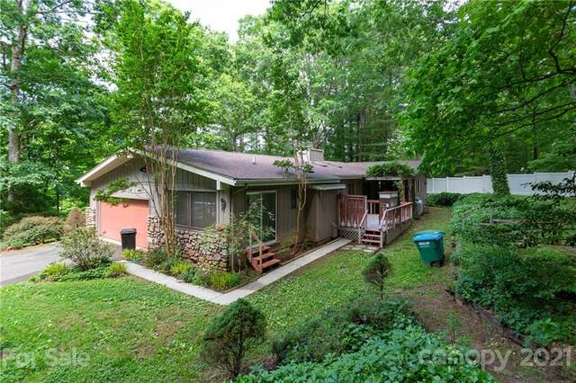 24 Howard Place, Weaverville, NC 28787 (#3736666) :: Modern Mountain Real Estate
