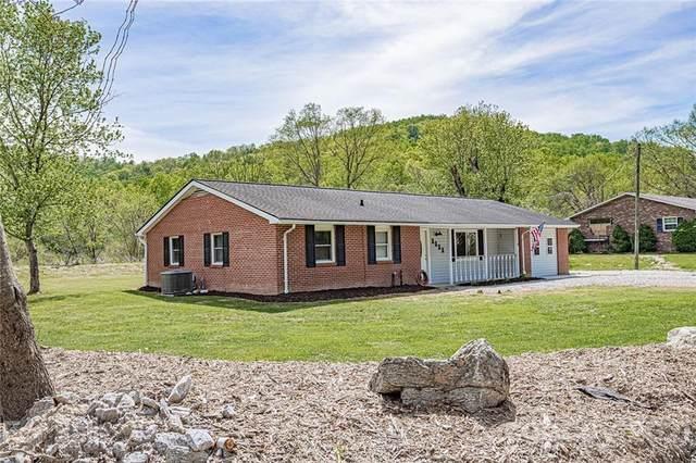 1111 Prestonwood Drive, Hendersonville, NC 28739 (#3737095) :: Cloninger Properties