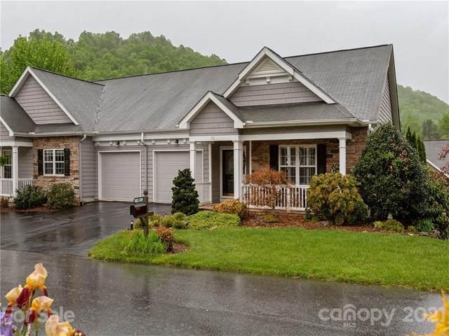 92 Shaws Creek Farm Road, Hendersonville, NC 28739 (#3737208) :: Willow Oak, REALTORS®