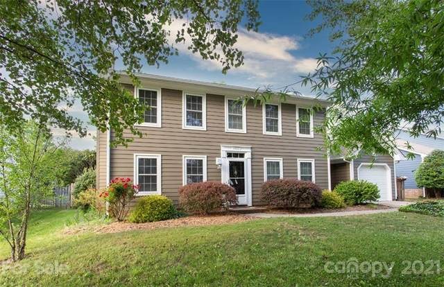6827 Oldecastle Court, Charlotte, NC 28277 (#3737308) :: The Sarver Group