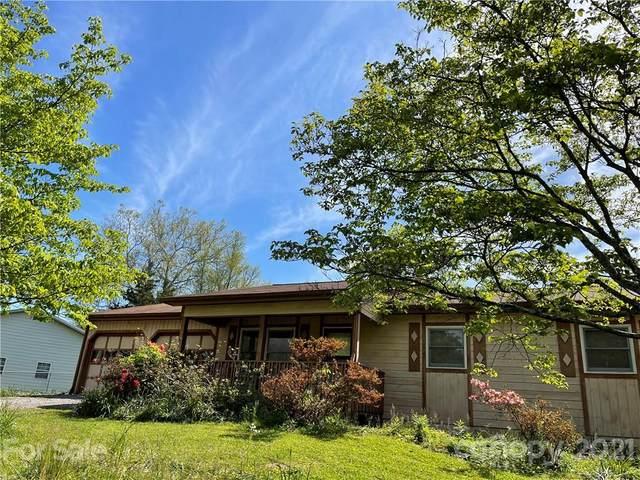 93 Sycamore Circle, Hendersonville, NC 28791 (#3737488) :: Cloninger Properties