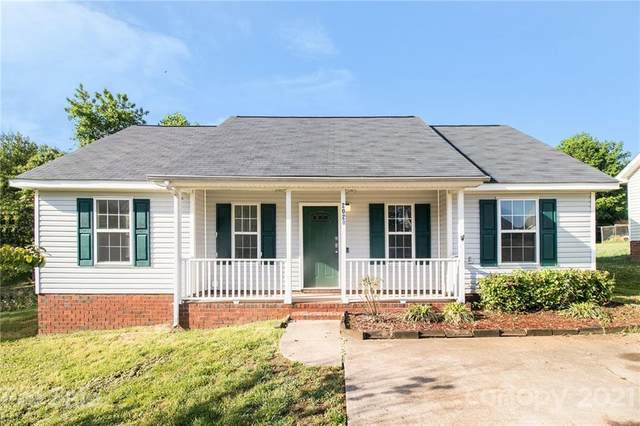 2020 Slater Springs Drive, Charlotte, NC 28216 (#3737604) :: Carlyle Properties