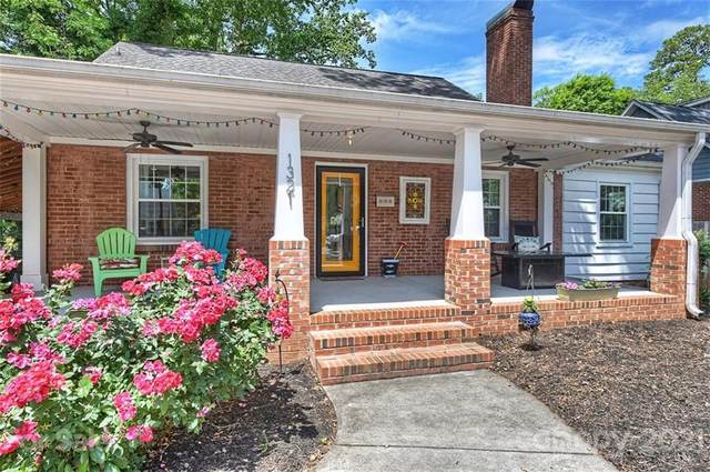 1321 Morningside Drive, Charlotte, NC 28205 (#3738321) :: Carver Pressley, REALTORS®