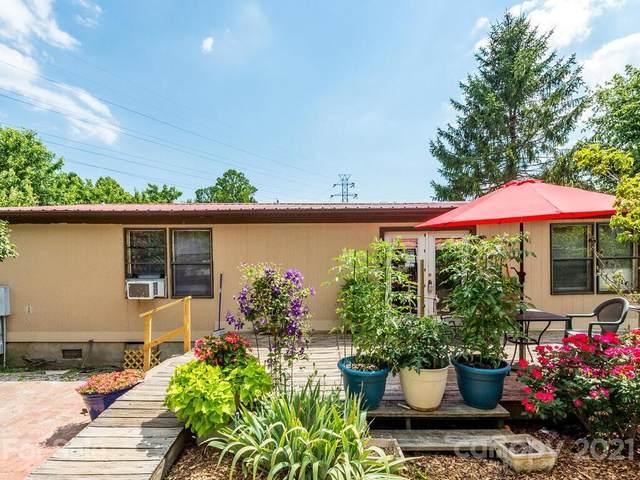104 Mintz Road, East Flat Rock, NC 28726 (#3738328) :: Willow Oak, REALTORS®