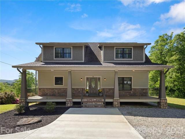 21 Hawke Woods Road, Hendersonville, NC 28792 (#3738557) :: Burton Real Estate Group