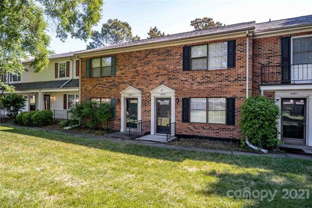 10907 Park Road, Charlotte, NC 28226 (#3738791) :: Keller Williams South Park