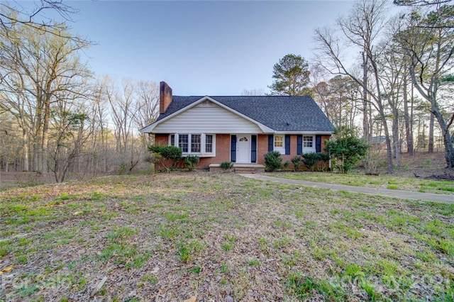1923 Woodlawn Avenue, Wadesboro, NC 28170 (#3738802) :: SearchCharlotte.com