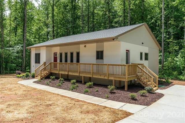10425 Briarhurst Place, Mint Hill, NC 28227 (#3739199) :: IDEAL Realty