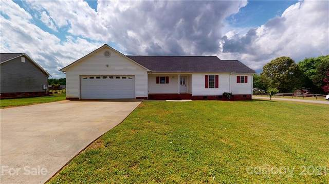5030 Deer Run Drive, Crouse, NC 28033 (#3739263) :: Odell Realty