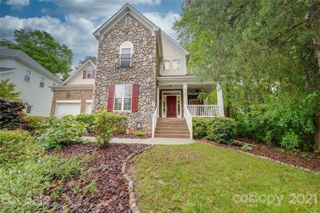 19718 Wooden Tee Drive, Davidson, NC 28036 (#3739444) :: Mossy Oak Properties Land and Luxury