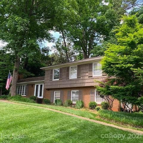 6137 Deveron Drive, Charlotte, NC 28211 (#3739520) :: Puma & Associates Realty Inc.