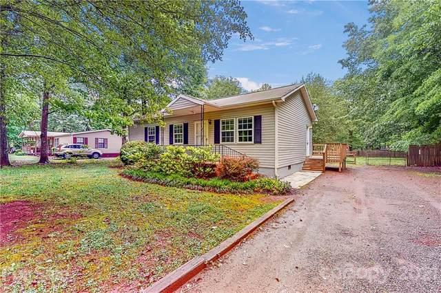 9701 Hambright Road, Huntersville, NC 28078 (#3739632) :: Keller Williams South Park