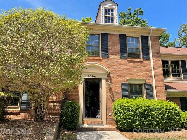9028 Providence Colony Drive, Charlotte, NC 28277 (#3739822) :: Exit Realty Vistas