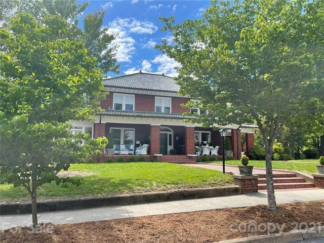 200 2nd Street SW, Taylorsville, NC 28681 (#3739987) :: Home and Key Realty