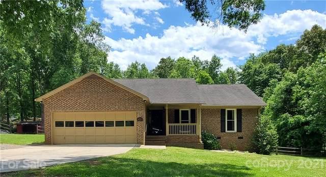 8129 Appaloosa Lane, Charlotte, NC 28215 (#3740357) :: Mossy Oak Properties Land and Luxury