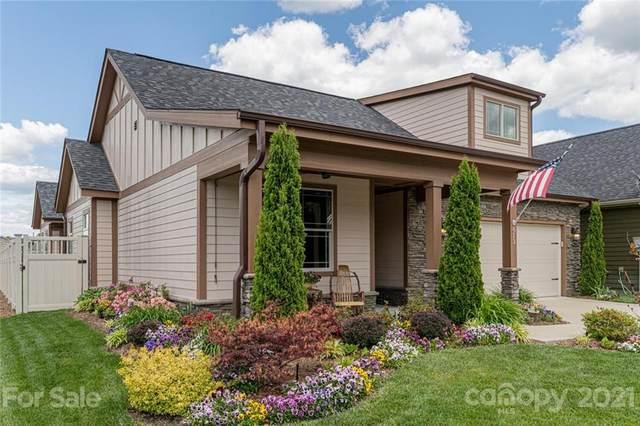613 Summerfield Place, Flat Rock, NC 28731 (#3740810) :: Modern Mountain Real Estate