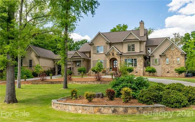 4715 Carmel Club Drive, Charlotte, NC 28226 (#3741158) :: DK Professionals