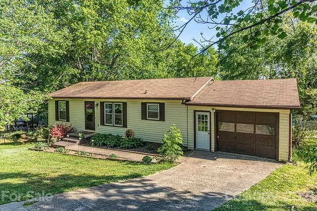 7 Pine Ridge Drive, Fairview, NC 28730 (#3741182) :: Todd Lemoine Team