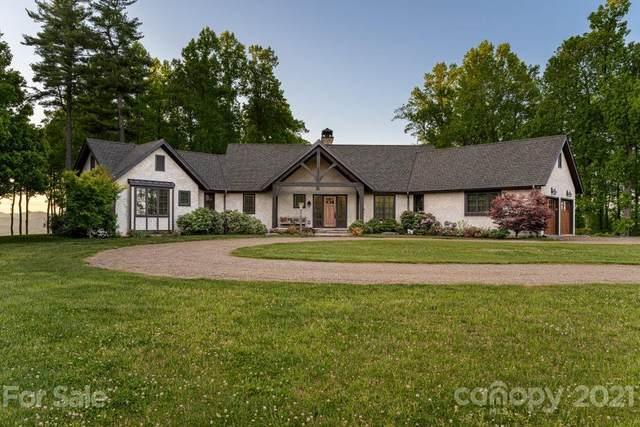 1100 Brightwater Drive, Hendersonville, NC 28739 (#3742793) :: Carver Pressley, REALTORS®