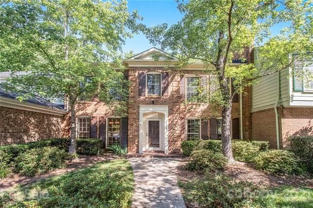 4364 Woodglen Lane, Charlotte, NC 28226 (#3742801) :: Stephen Cooley Real Estate Group