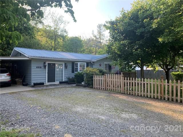 688 Allens Creek Road, Waynesville, NC 28786 (#3743164) :: Modern Mountain Real Estate