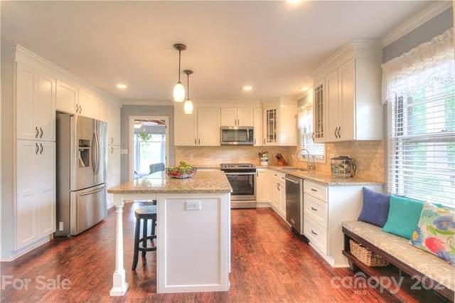 6015 Deveron Drive, Charlotte, NC 28211 (#3743411) :: Exit Realty Vistas