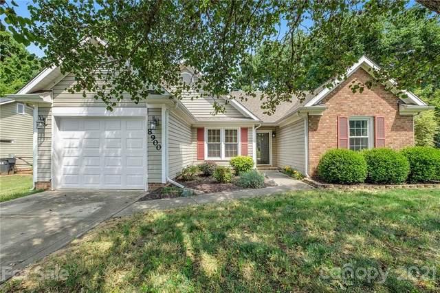 8900 English Saddle Lane, Charlotte, NC 28273 (#3743632) :: Home and Key Realty