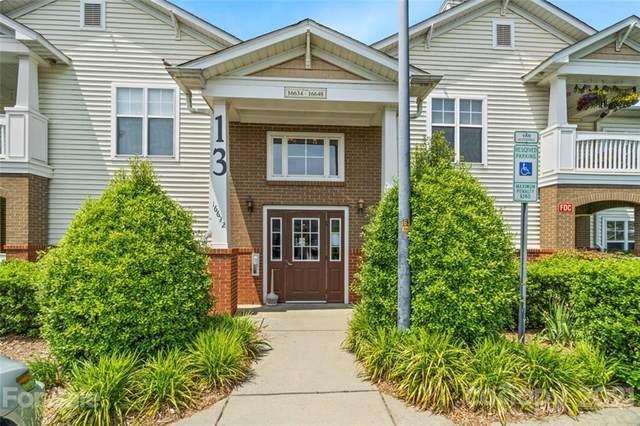 16636 Amberside Road, Cornelius, NC 28031 (#3743929) :: Cloninger Properties