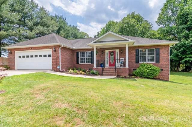 103 Meadowlark Lane #41, Statesville, NC 28625 (#3744808) :: Carver Pressley, REALTORS®