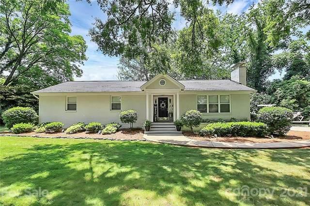 5231 Wedgewood Drive, Charlotte, NC 28210 (#3745040) :: Willow Oak, REALTORS®