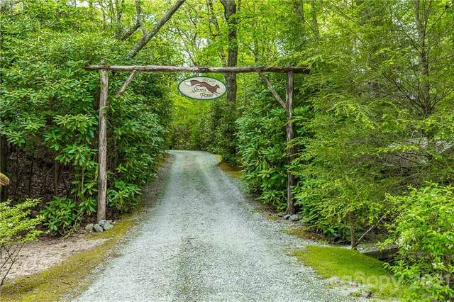 79 Seven Foxes Lane, Lake Toxaway, NC 28747 (#3745121) :: Keller Williams Professionals