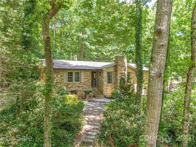 444 Deerhaven Lane, Hendersonville, NC 28791 (#3745300) :: NC Mountain Brokers, LLC