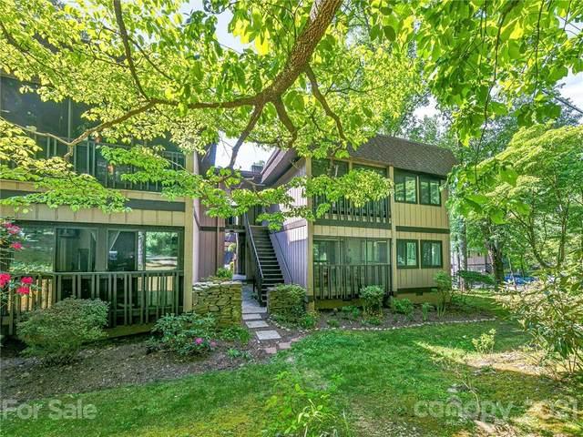 27 Lake Drive I5, Laurel Park, NC 28739 (#3746141) :: Willow Oak, REALTORS®