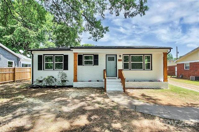 3541 Carlyle Drive, Charlotte, NC 28208 (#3746767) :: Exit Realty Vistas