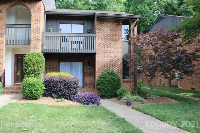 5801 Sharon Road M, Charlotte, NC 28210 (#3746906) :: Cloninger Properties
