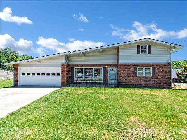 392 Boyd Avenue, Waynesville, NC 28786 (#3747952) :: Modern Mountain Real Estate