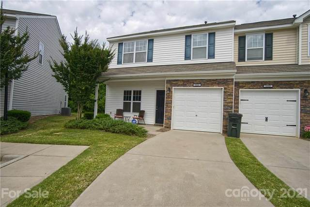 10321 Bunclody Drive, Charlotte, NC 28213 (#3748269) :: BluAxis Realty