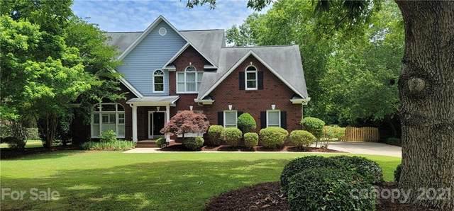 640 Powder Horn Lane, Wesley Chapel, NC 28079 (#3748282) :: Homes Charlotte