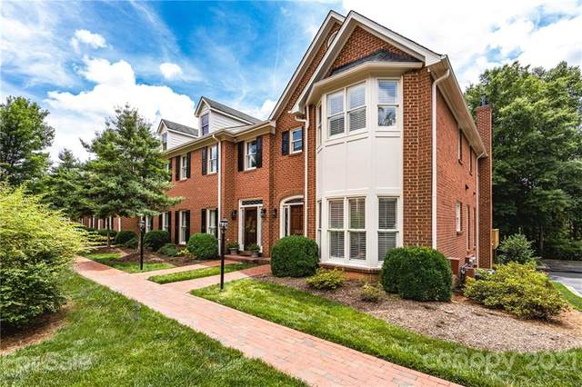 3500 Kylemore Court, Charlotte, NC 28210 (#3748376) :: Carlyle Properties