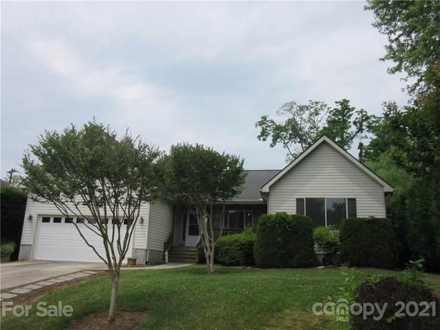 131 Beaver Dam Drive, Mills River, NC 28759 (#3748406) :: Carolina Real Estate Experts