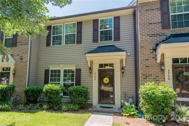 6984 Colonial Garden Drive #52, Huntersville, NC 28078 (#3748449) :: Homes Charlotte