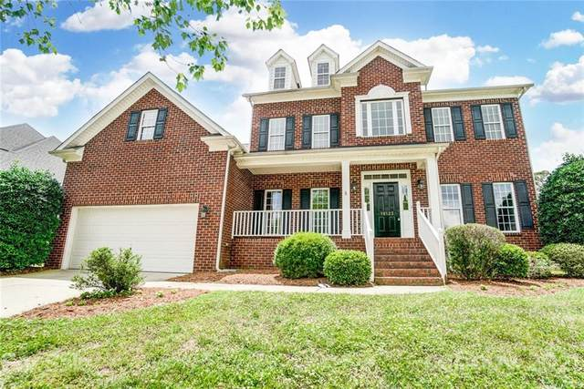 16123 Northstone Drive, Huntersville, NC 28078 (#3748556) :: Carlyle Properties