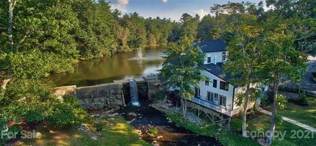 1150 W Blue Ridge Road 104 Mill House , Flat Rock, NC 28731 (#3748834) :: Homes Charlotte