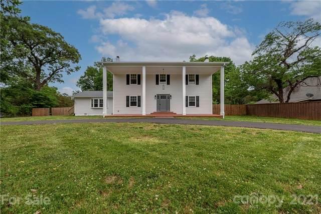 105 Pineville Matthews Road, Matthews, NC 28105 (#3748906) :: Rhonda Wood Realty Group