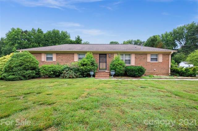 6008 Potter Road, Matthews, NC 28104 (#3748975) :: Homes Charlotte