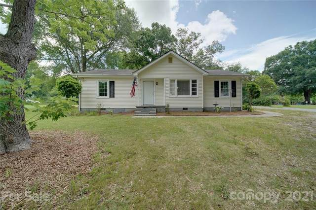 1109 Griffith Road, Monroe, NC 28112 (#3749039) :: Odell Realty